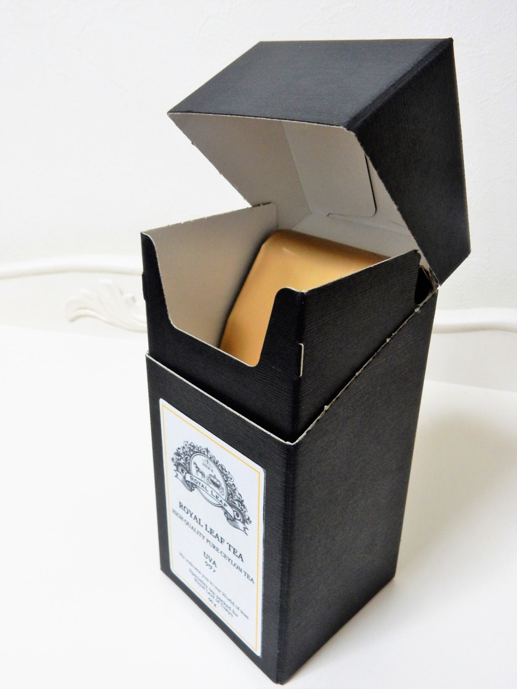 ROYAL LEAF TEA BLACK BOX